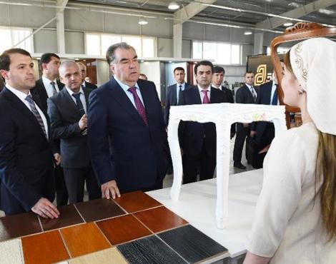 Открытие предприятия по выпуску мебели в городе Душанбе